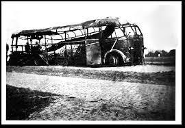 Feitenrelaas over bombardement op bus in de oorlog geactualiseerd