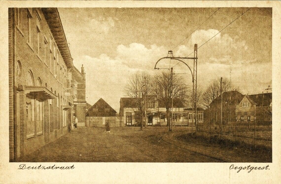 https://historischeverenigingoegstgeest.nl/images/publicaties/Cafe_Centraal.jpg